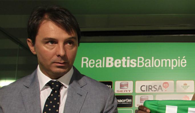 """Stosic: """"Ángel lo tiene hecho con el Betis a falta de la firma"""""""