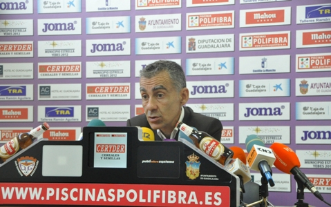 """Carlos Terrazas: """"No recuerdo ningún partido como este en los 97 que he estado aquí como entrenador"""""""