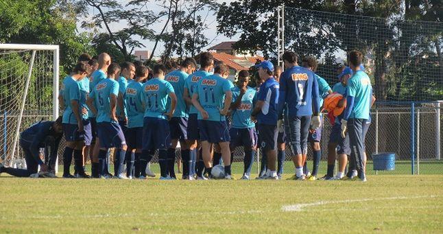 Cruzeiro embarca para fazer intertemporada nos Estados Unidos