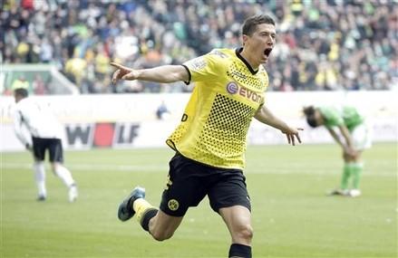Dortmund garde ses distances