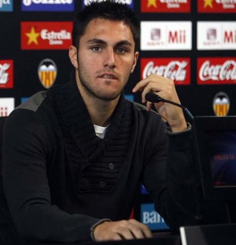 """Victor Ruiz: """"Defensivamente, Unai y Pellegrino son parecidos"""""""