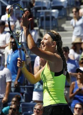 US Open: Azarenka y Sharapova someten a sus rivales