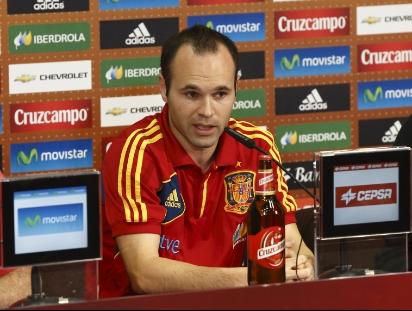 """Iniesta: """"La selección siempre va de menos a más y tengo plena confianza"""""""