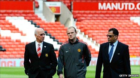 El desafío de Rooney: A la caza del registro goleador de Sir Bobby Charlton