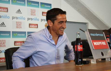 """Manolo Jiménez: """"Me muestro optimista con mi renovación"""""""