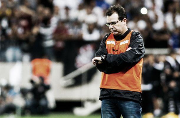 Enderson não confirma sua presença no comando do Santos para 2015