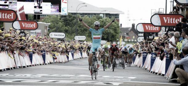 Tour de France 2014 : Nibali se pare de jaune