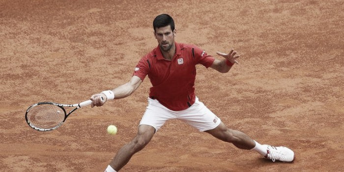 French Open 2016: Djokovic cruises through first match