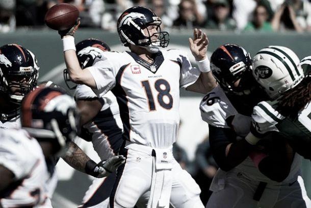 Manning dio tres pases de anotación para ganarle a Jets y se acerca al récord