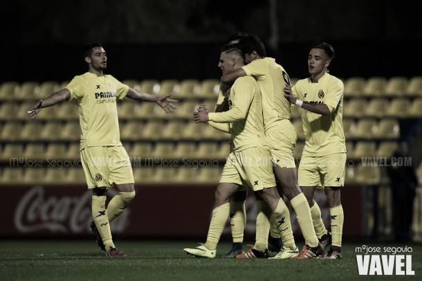A base de buen fútbol el Villarreal B se mantiene en la lucha