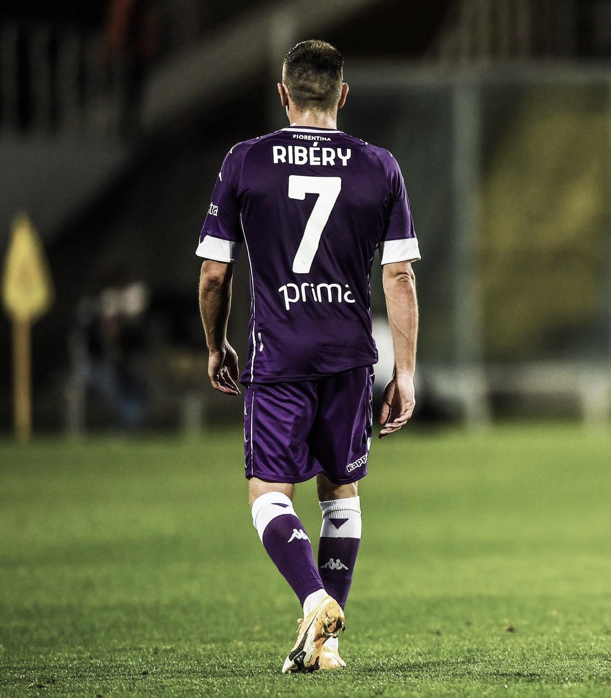 Sem clube, Franck Ribéry é oferecido ao Freiburg