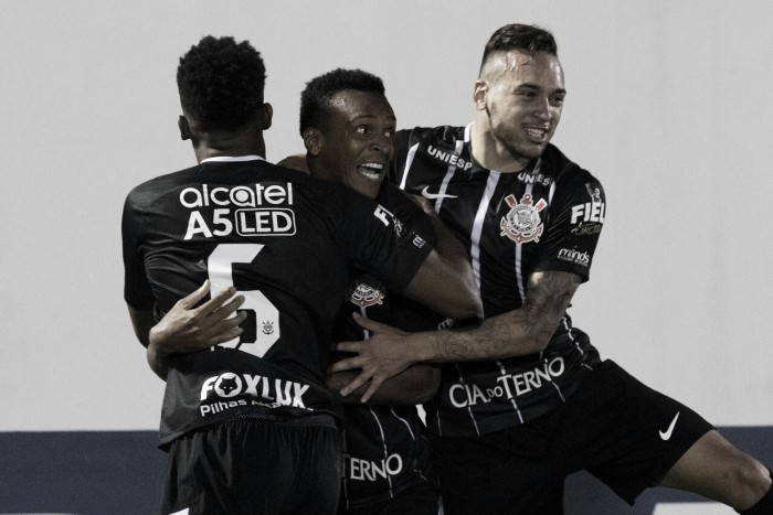 Em jogo pouco movimentado, Corinthians é mais eficiente nas finalizações e bate Chapecoense
