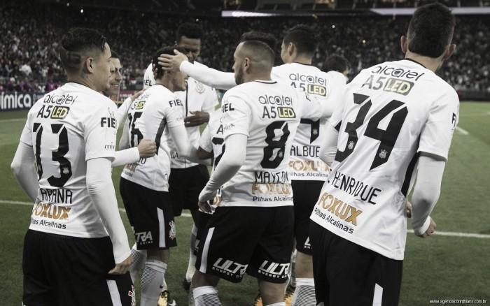 Quase perfeito e letal: o primeiro turno do Corinthians no Brasileirão 2017