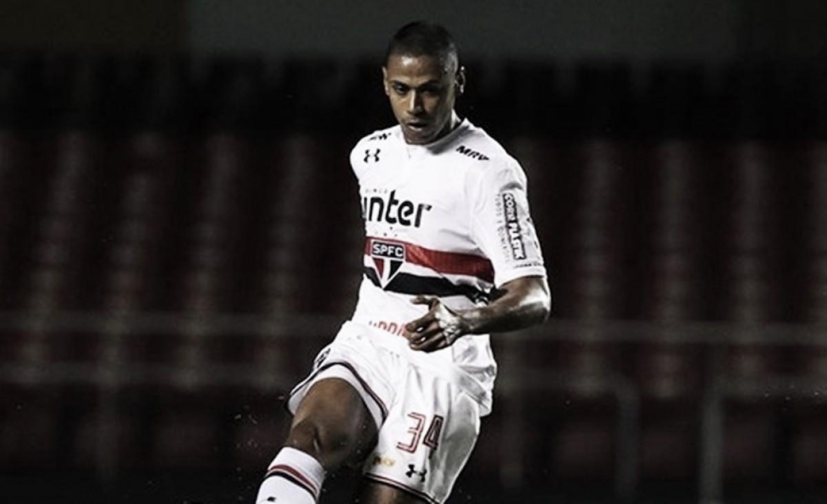 """Após eliminação, Bruno Alves destaca luta do São Paulo: """"Temos que sair com a cabeça erguida"""""""