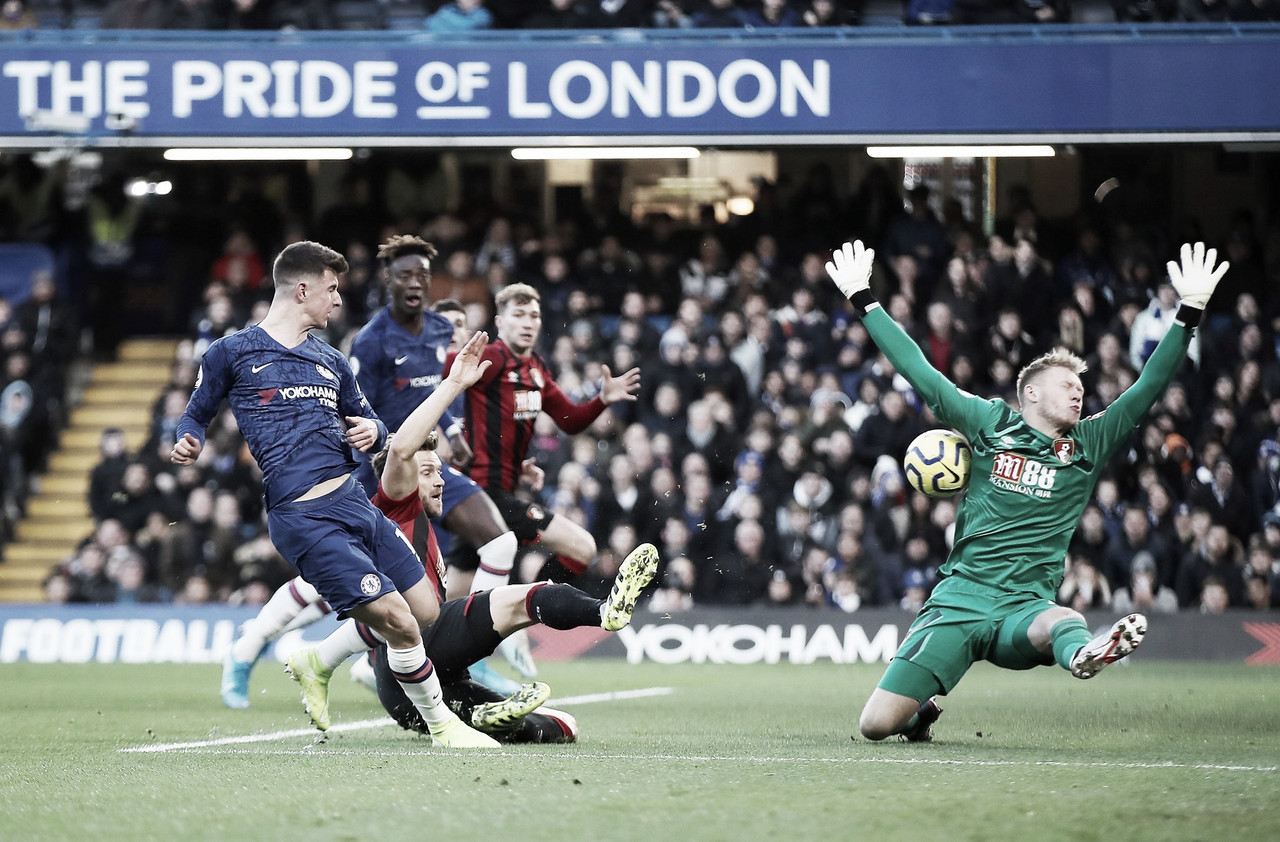 Dentro de casa, Chelsea perde para Bournemouth pela Premier League