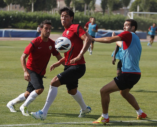 El filial se impuso al primer equipo almeriense
