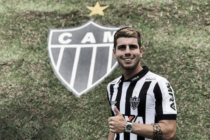 """Tomás Andrade é apresentado e revela preferência pelo Atlético-MG: """"Grande equipe"""""""