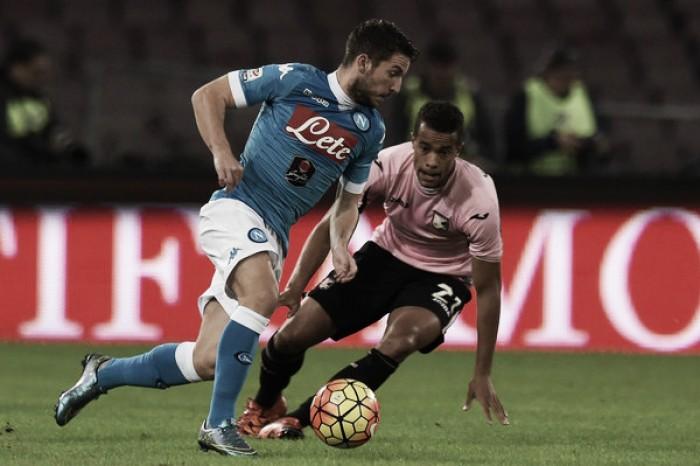 Com treinador novo, Palermo recebe invicto Napoli pela Serie A
