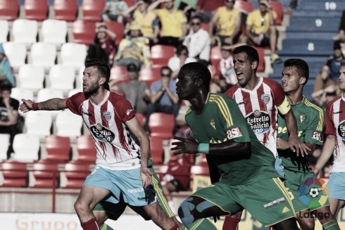 Previa CD Lugo - Cádiz CF: Remar contra la adversidad