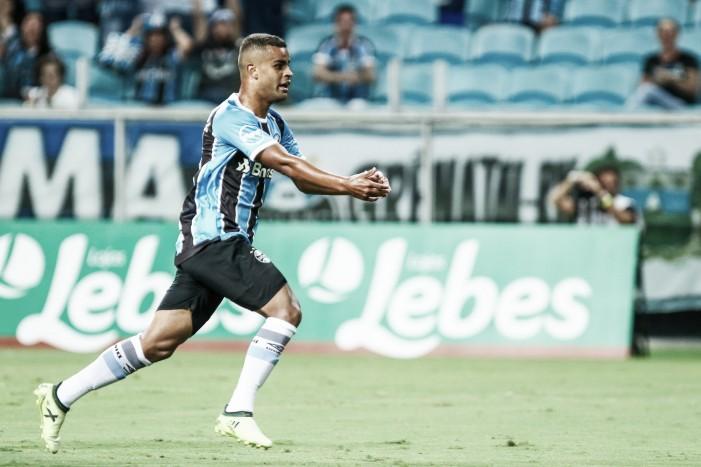 Grêmio vira sobre Brasil de Pelotas e garante primeira vitória no Campeonato Gaúcho