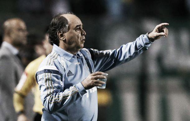 Marcelo Oliveira se mostra insatisfeito com atuações e pede equilíbrio contra Fluminense