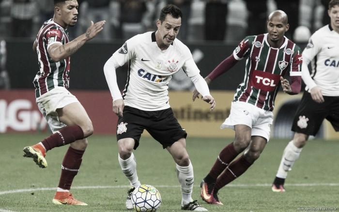 """Rodriguinho ainda acredita em fim de ano positivo para o Corinthians: """"Estamos esperançosos"""""""