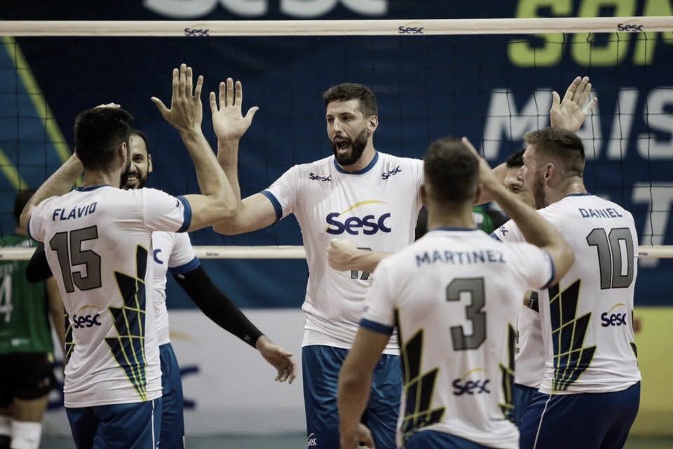 Sesc-RJ confirma favoritismo e bate América Vôlei na volta da Superliga Masculina