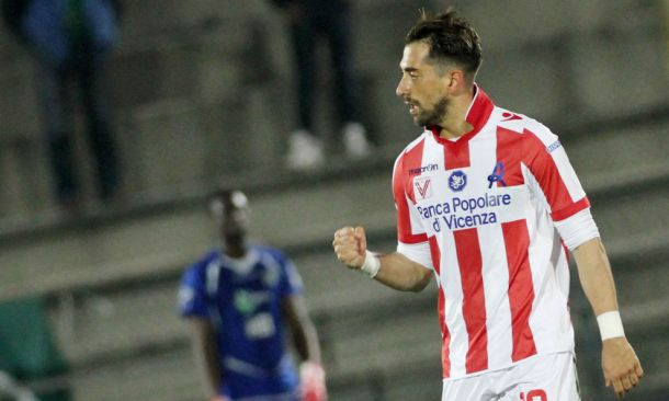 Cala il sipario al Menti. Vicenza Avellino finisce 1-0 decide Cocco