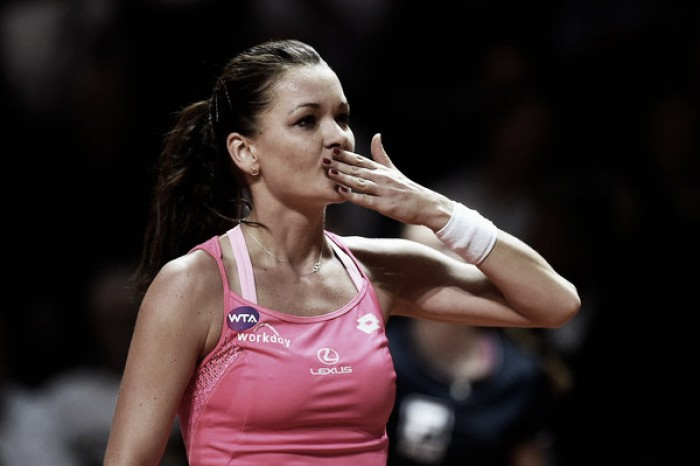 WTA Stuttgart: Agnieszka Radwanska outlasts Andrea Petkovic after three noncompetitive sets