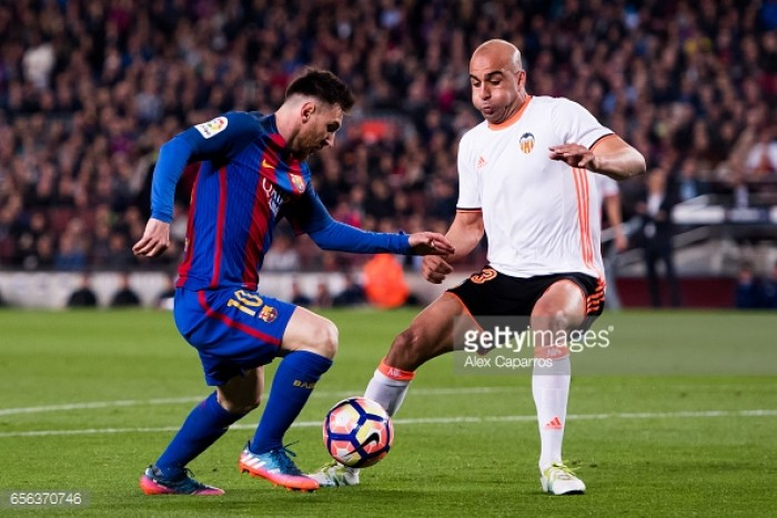 Watford want to sign Valencia defender Aymen Abdennour