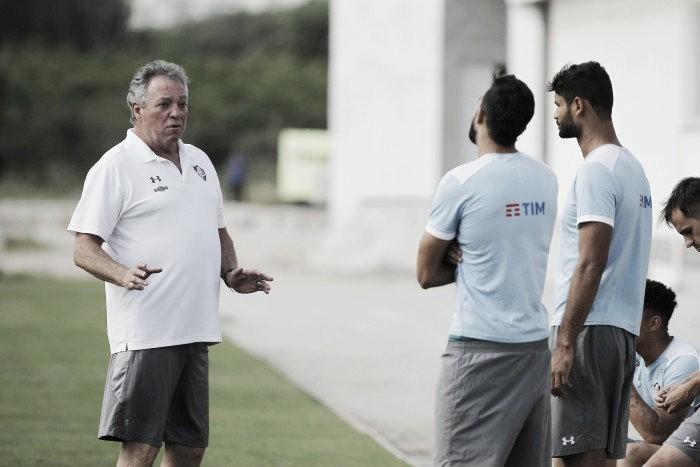 """Abel antecipa time titular e prega confiança para Fla-Flu: """"Estamos prontos"""""""