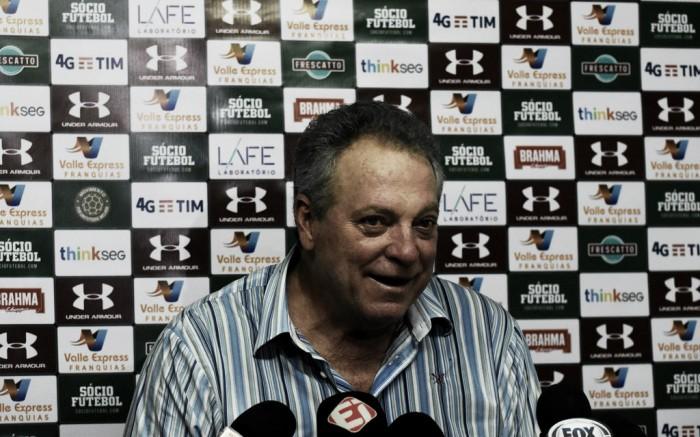 Abel celebra primeira vitória e rasga elogios a Pedro: ''Acima de 90% dos atacantes de área do país''