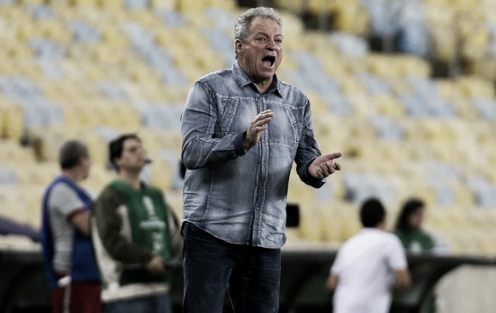 """Abel Braga exalta grande primeiro tempo em vitória do Fluminense: """"Foi quase perfeito"""""""