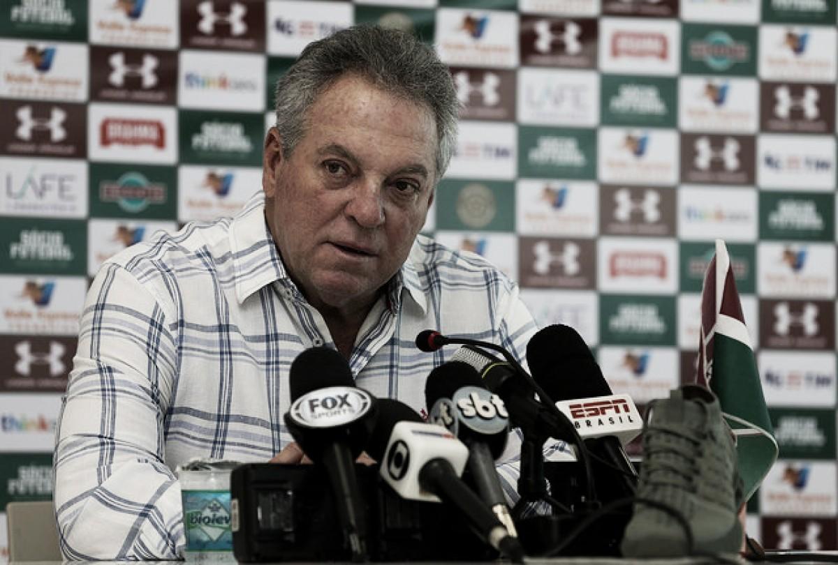 Momento difícil com mais uma derrota no Campeonato Brasileiro