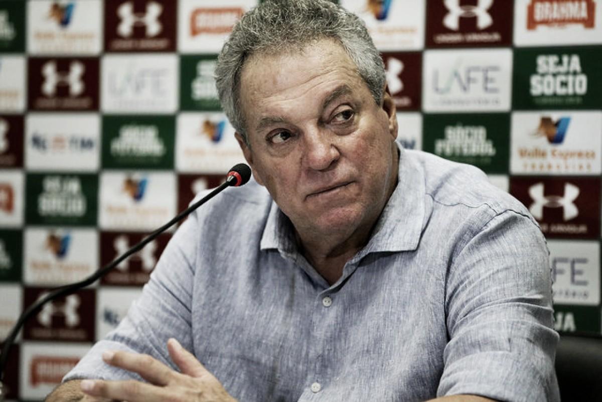 """Abel Braga elogia atuação do Fluminense em vitória sobre Cruzeiro: """"Time foi brilhante"""""""