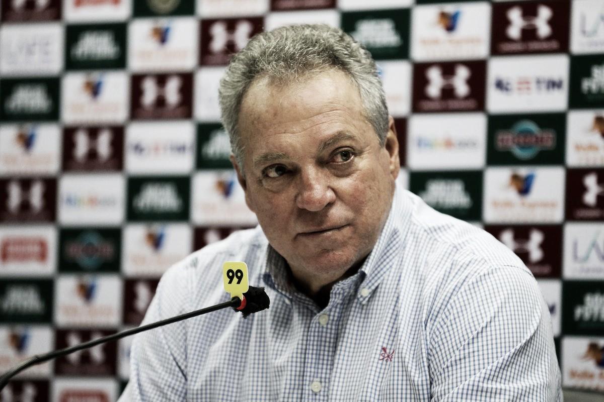 Abel Braga critica árbitro após empate com São Paulo: ''Horroroso e prepotente''
