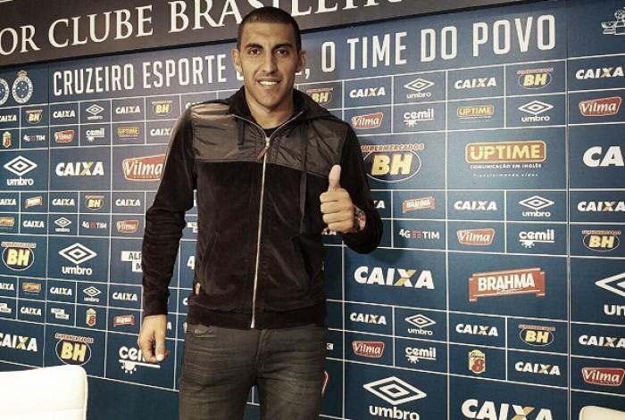 """Confiante, Ramón Ábila chega ao Cruzeiro almejando conquistas: """"Venho com a intenção de ganhar"""""""
