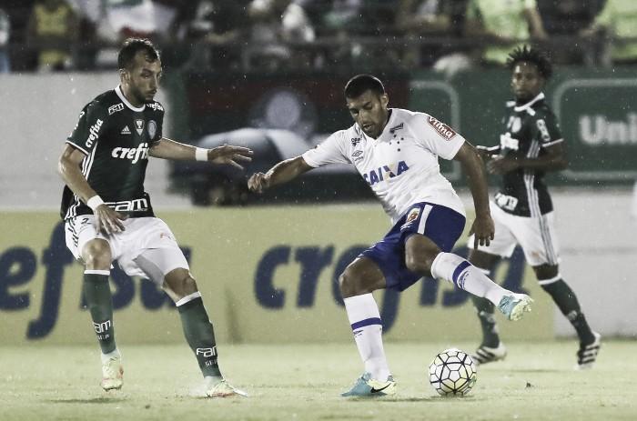 Em jogo movimentado, Palmeiras e Cruzeiro empatam sem gols