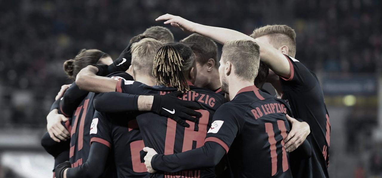 RB Leipzig bate Fortuna Düsseldorf e assume liderança da Bundesliga