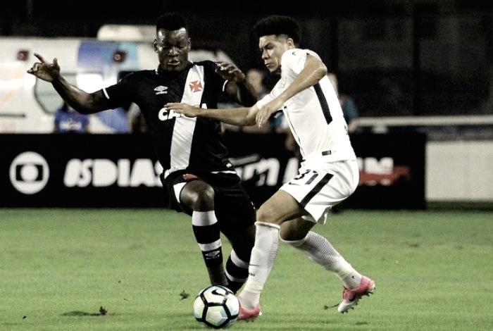 'Homem de Deus' não assume que marcou gol com braço