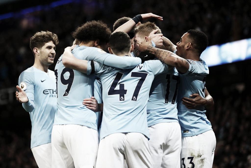 Manchester City bate Cardiff com facilidade e reassume ponta da Premier League