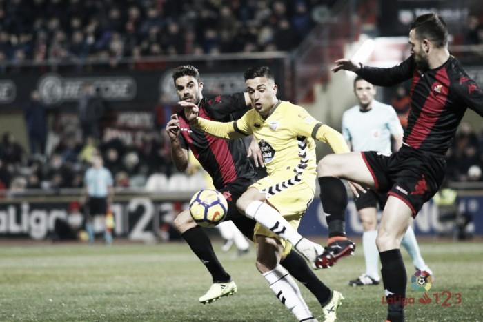 Reus -Lugo: Puntuaciones del Lugo, jornada 22 de LaLiga 1   2   3