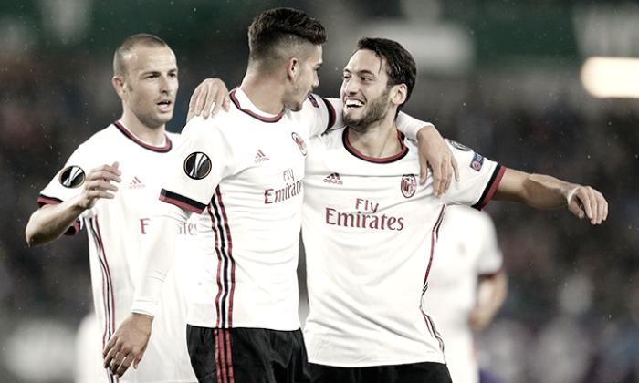 AC Milan derrota 5-1 al Austria Viena
