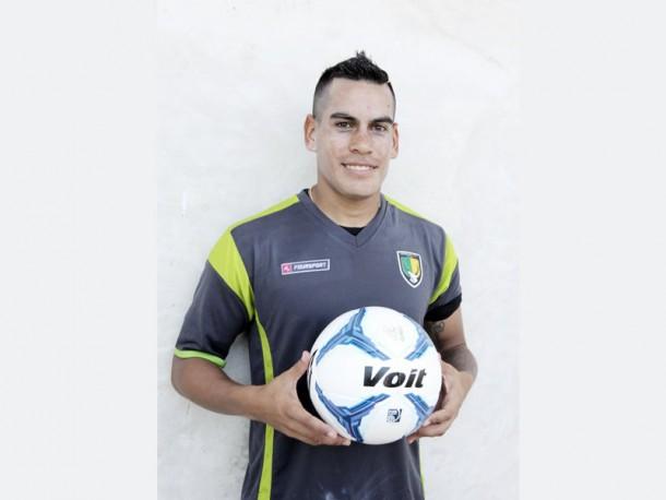 Luis Acuña quiere ganar más minutos en el Clausura 2016