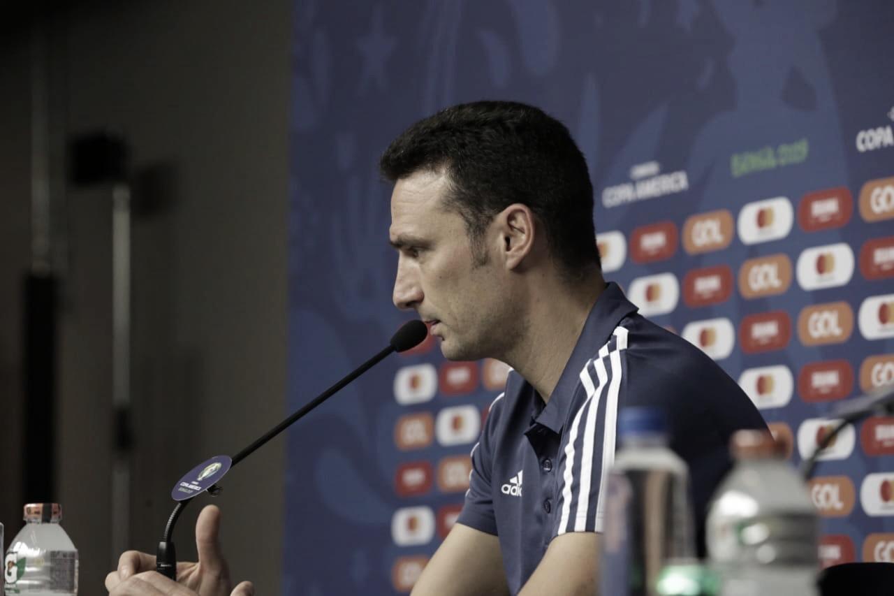 """Scaloni admite má atuação argentina: """"Nos desesperamos em alguns momentos"""""""