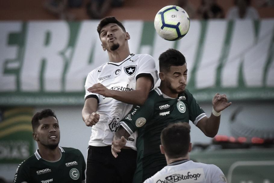 Precisando se recuperar no Brasileirão, Botafogo enfrenta Goiás embalado e em ótima fase