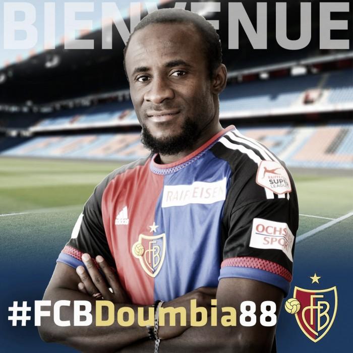 Após passagens por Roma e Newcastle, atacante Doumbia acerta ida para o Basel