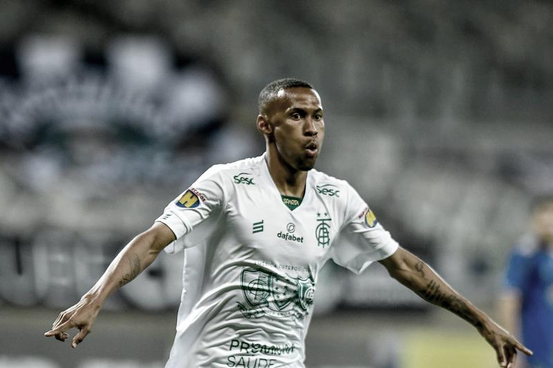 Ademir decide e América-MG vence Cruzeiro de virada na semifinal do Mineiro