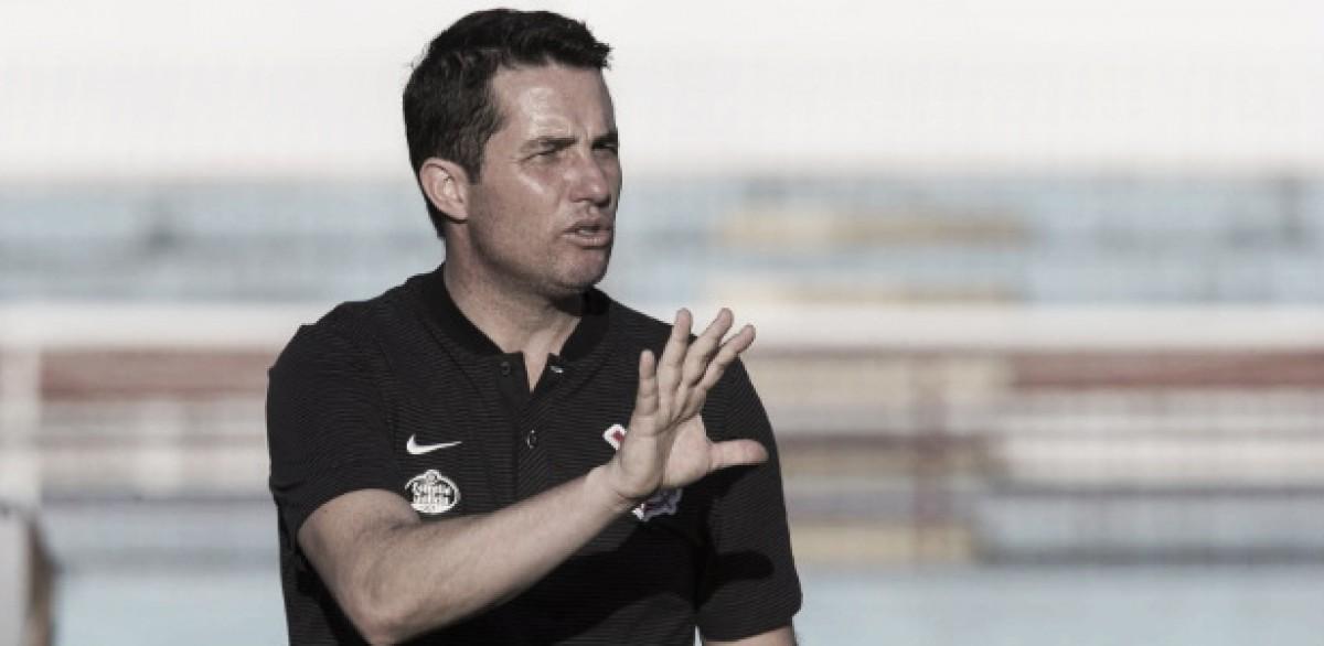 Osmar Loss não resiste à derrota para o Ceará e deixa o comando do Corinthians