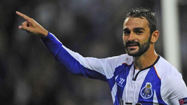 Adrián llega este sábado a Sevilla para cerrar su fichaje por el Betis